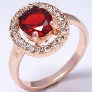 """Позолоченное кольцо с красным фианитом """"Овал"""" 18р"""