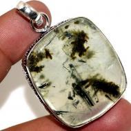 Серебряный кулон с камнем пренит