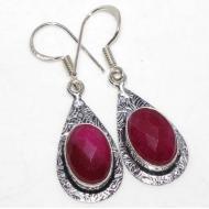 Серебряные серьги с индийским рубином