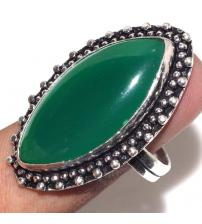 Серебряное кольцо с зеленым ониксом 20р