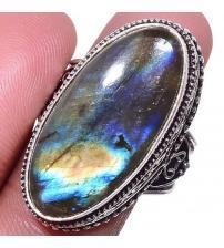 Серебряный перстень с лабрадоритом в внитажном стиле 18р