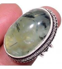 Винтажное серебряное кольцо с пренитом 17р