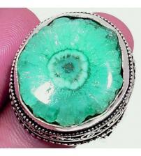 Cеребряный перстень с зеленым солнечным кварцем 19.5р