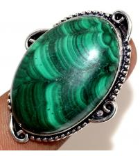 Серебряное кольцо с крупным малахитом 17р