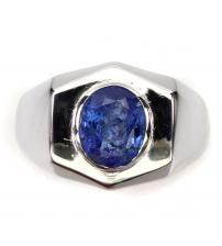 Перстень из серебра с натуральным танзанитом 19р