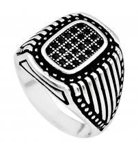 Мужской перстень из серебра с черным ониксом 20.5р