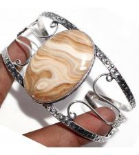 Серебряный браслет с крупным ониксом