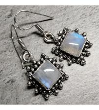 Срібні сережки підвіски з місячним каменем