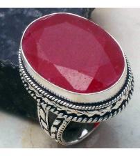 Винтажный серебряный перстень с индийским рубином (корундом) 18.5р