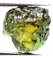 4.3Ct Натуральный необработанный корнерупин 10*10мм