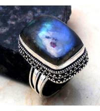 Перстень з лабрадоритом в вінтажному стилі 19р
