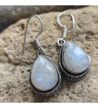 Срібні сережки з натуральним місячним каменем