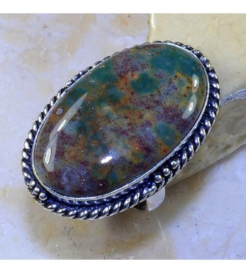 Серебряное кольцо с натуральным гелиотропом 20р