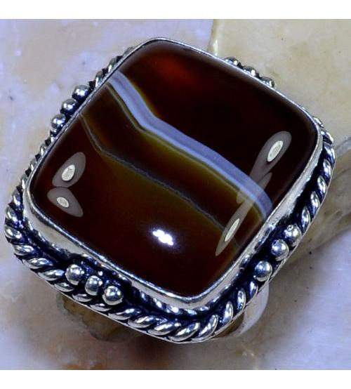 Серебряное кольцо с крупным агатом 21р