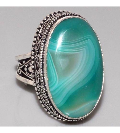 Серебряный перстень с зеленым ониксом 19р