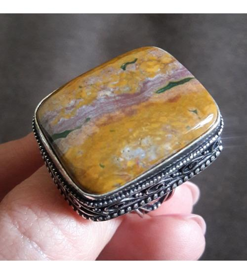 Винтажный серебряный перстень с океанической яшмой 18р