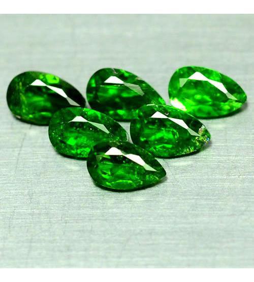 0.23Ct Натуральный камень зеленый Хромдиопсид 5*3мм