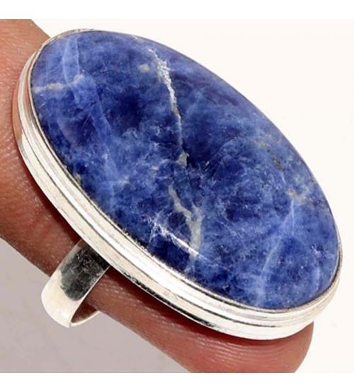 Серебряное кольцо с крупным содалитом 19р