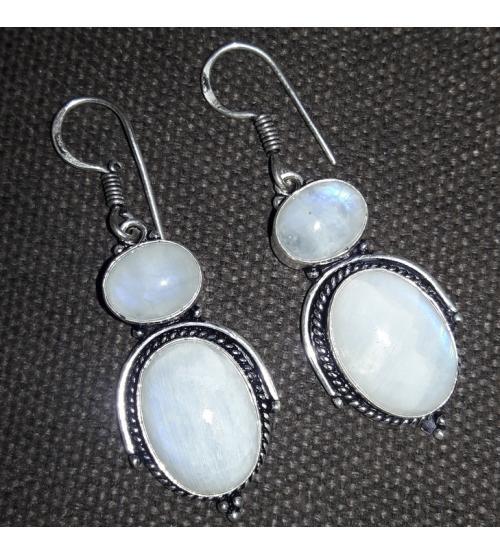 Серебряные серьги подвески с лунным камнем (адуляром)