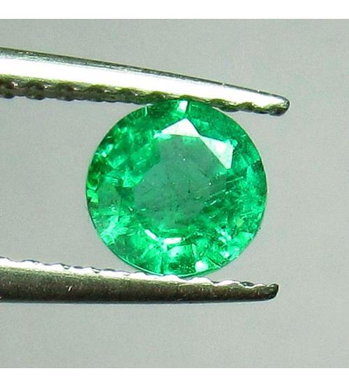 0.52Ct Натуральный камень изумруд 5.1мм круг (Класса АА+)