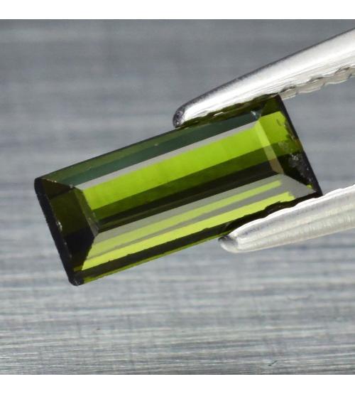 0.81CT Натуральный турмалин 7.8*3.5ММ