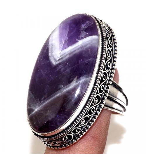 Серебряный перстень с аметистом в винтажном стиле 17.5р