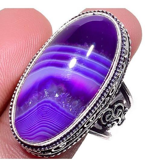 Серебряный перстень с фиолетовым агатом 18.5р