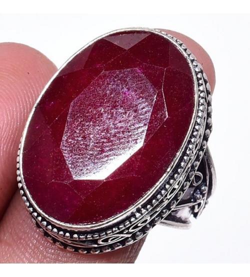 Серебряный перстень с индийским рубином (корундом) 18р