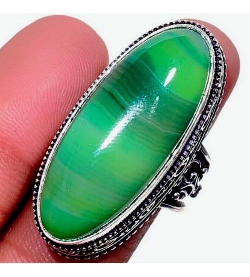 Серебряный перстень с зеленым агатом 17.5р