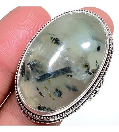 Серебряный перстень с пренитом в винтажном стиле 20р
