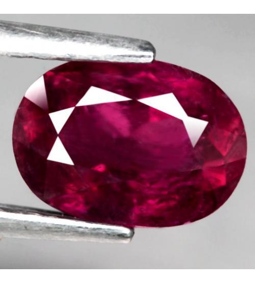 1.23CT Малиново-красный турмалин рубеллит 7.6*5.5мм (овал)