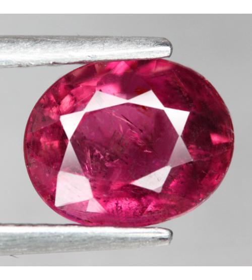 1.08CT Малиново-красный турмалин рубеллит 7.2*5.8мм (овал)