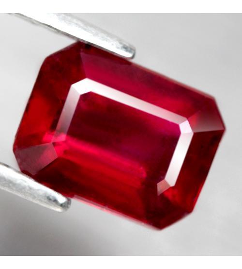 натуральный рубин камень октагон