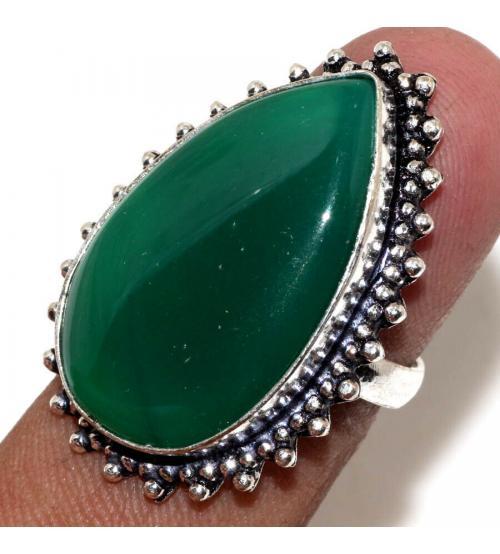 Серебряное кольцо с зеленым ониксом 17р