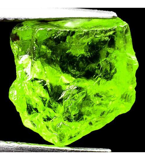 3.97Ct Необработанный хризолит (перидот) 9*8мм