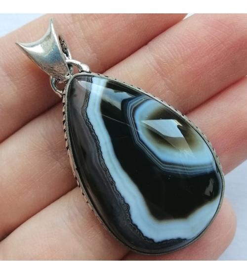 Серебряный кулон с черно-коричневым агатом