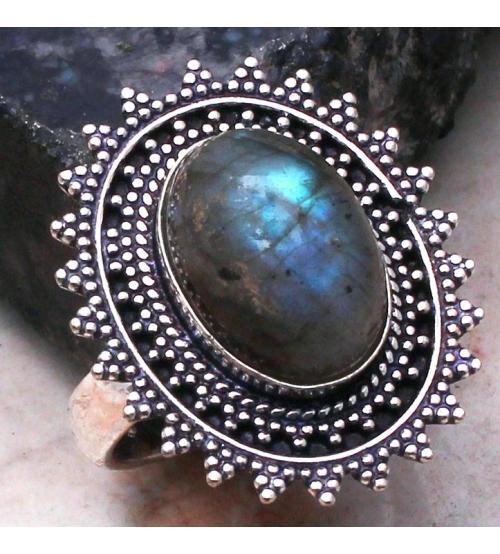 кольцо с лабрадоритом