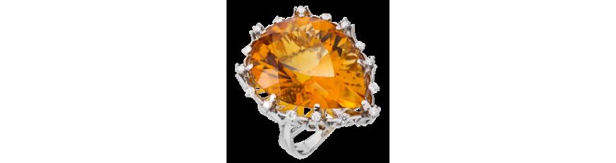 Кольца с оранжевыми камнями