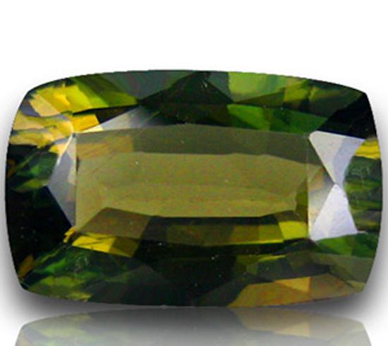 Купить камень корнерупин в украине